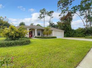 6025 Whispering Trees Lane, Port Orange, FL 32128