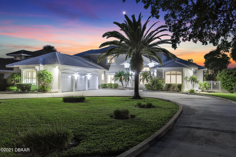 Photo of 626 Riverside Drive, Ormond Beach, FL 32176