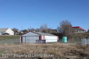 301 1st Street South, Watford City, ND 58854