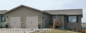522 2nd Ave SW, Dickinson, ND 58601