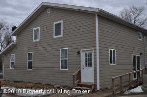 601 & 603 2nd Ave W, Lemmon, SD 57638