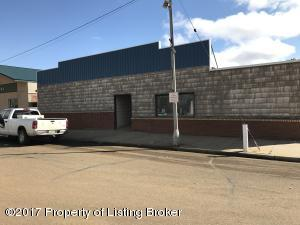 101 Brown Ave, Mott, ND 58646