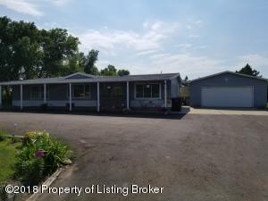 3271 110S Ave. SW, Dickinson, ND 58601