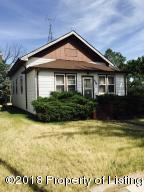 1021 Main St, New England, ND 58647