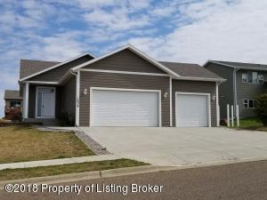 1836 3rd Ave E, Dickinson, ND 58601