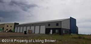 1206 37th Street NW, Watford City, ND 58854