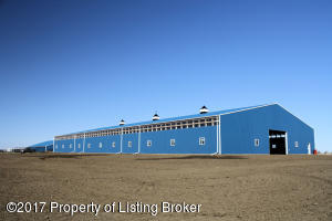 1409 10th Avenue SE, Dickinson, ND 58601