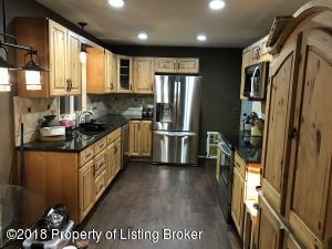 308 6th ave Avenue NW, Watford City, ND 58854