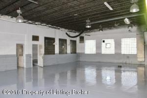 704 Elk Street, Alexander, ND 58831