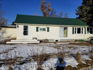 117 2nd Avenue SW, Beulah, ND 58523