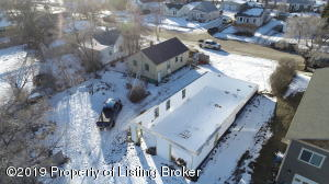 320 3rd Street NW, Watford City, ND 58854