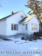 314 Illinois Avenue, Mott, ND 58646