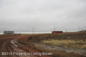 2413 & 2433 Schilke Drive, Watford City, ND 58854