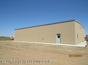2635 High Street NE, Killdeer, ND 58640