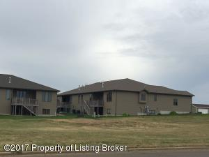 15th St W, Dickinson, ND 58601