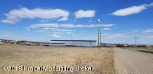 58th Street NW, Williston, ND 58801