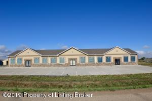 509 16th Street NE, Watford City, ND 58854