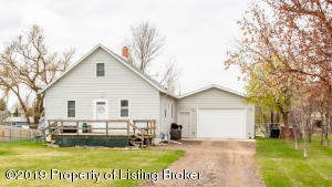 243 5th Avenue NW, Killdeer, ND 58640