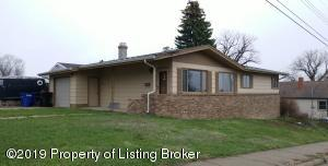 608 Colfax Street, Dickinson, ND 58601