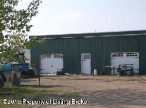 12607 32nd Street NW, Watford City, ND 58854