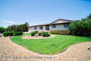 501 Bruce Avenue NW, South Heart, ND 58655