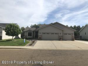 2031 3rd Street West, Dickinson, ND 58601