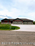 934 22nd Avenue E, Dickinson, ND 58601