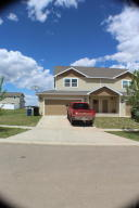 3306 10th Avenue NE, Watford City, ND 58854