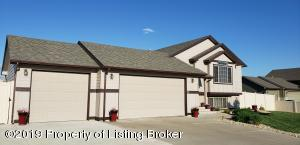 1920 1st Avenue E, Dickinson, ND 58601