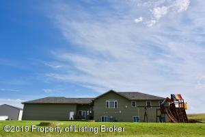 1965 130th Avenue NW, Arnegard, ND 58835