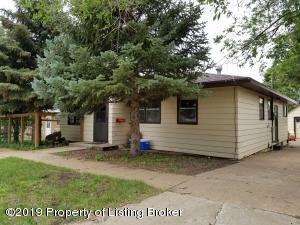 728 1st Ave E, New England, ND 58647