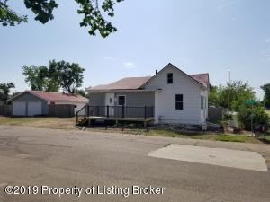 107 5th St NW, South Heart, ND 58601