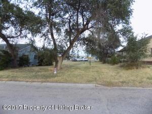 3rd Avenue NW, Bowman, ND 58623