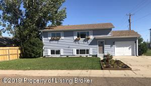 104 6th Street SW, South Heart, ND 58655