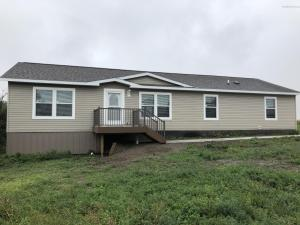 931 4th Avenue NW, Beach, ND 58621