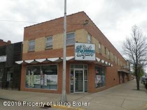 113 1st Street W, Dickinson, ND 58601