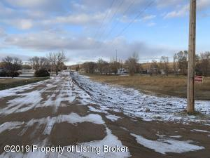 Fallon Avenue, Alexander, ND 58831