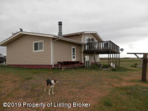 11060 47th Street SW, Dickinson, ND 58601