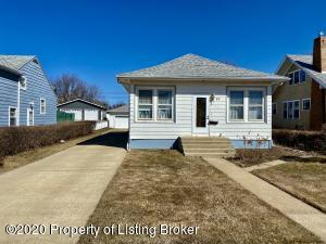29 4th St. E, Dickinson, ND 58601