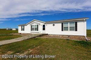 615 2nd Avenue NW, Belfield, ND 58622