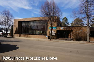 112 3rd St W, Dickinson, ND 58601