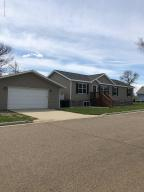 100 Dakota Street, Killdeer, ND 58640