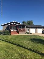 51 Lincoln Street NE, Killdeer, ND 58640