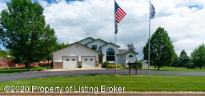 711 5th Avenue E, New England, ND 58647
