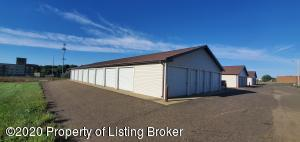 497 Elk Drive, Dickinson, ND 58601