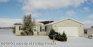 611 Jeanette Avenue, Belfield, ND 58622