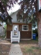 209 2nd Avenue W, Dickinson, ND 58601