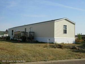 136 Cottage Street, Gladstone, ND 58601