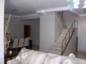 Apartamento En Ventaen Santo Domingo, Esperilla, Republica Dominicana, DO RAH: 15-353