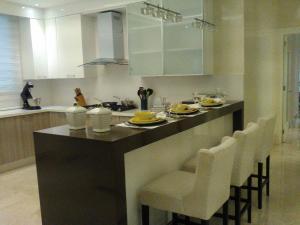 Apartamento En Ventaen Santo Domingo Dtto Nacional, Piantini, Republica Dominicana, DO RAH: 17-1263